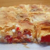 Ντοματόπιτα με Φέτα Brunch Recipes, Dessert Recipes, Desserts, Cookbook Recipes, Cooking Recipes, Cheese Pies, Tomato And Cheese, Feta, Greek Recipes