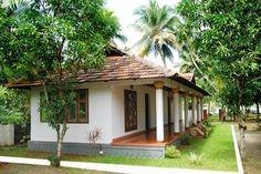 Tropical House Design, Kerala House Design, Village House Design, Village Houses, Brick Roof, Luxury Homes Exterior, India Holidays, 3d House Plans, Indian Home Design