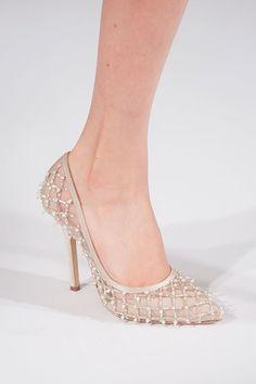 Say hello to the perfect wedding shoes!  Sheer: Oscar de la Renta Spring 2014