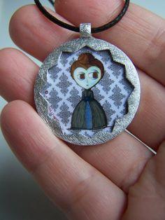 Victoria. Colgante elaborado en plata de 1ªley de la por horivert, €50.00