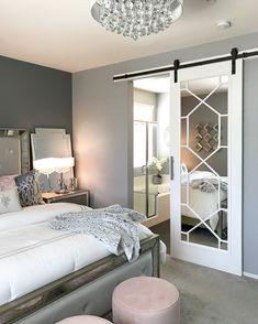 Bedroom Design: Turn Your Master Bedroom into a Relaxing Haven! Closet Bedroom, Home Bedroom, Bedroom Decor, Basement Master Bedroom, Master Bedrooms, Bedroom Ideas, Bedroom Small, Master Closet, Closet Space