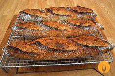 Baguettes caseras con masa madre En esta ocasión, os traemos una receta de baguettes que han sido levadas, exclusivamente, gracias a la acción de nuestra m
