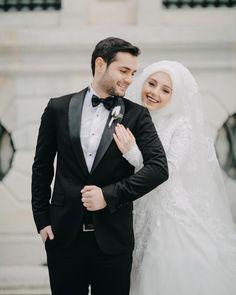 Mash'Allah beautiful couple Allah bless their union ameen. Hijabi Wedding, Muslimah Wedding Dress, Muslim Wedding Dresses, Muslim Brides, Muslim Couples, Wedding Poses, Wedding Couples, Best Couple Pictures, Wedding Couple Photos