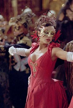 Anna Valerious from Van Helsing - red dress