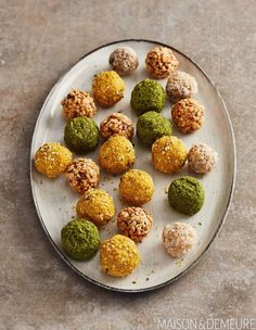 These energy balls are so easy to make and so much more flavorful than what you can buy. A great and healthful afternoon pick-me-up! Shake Shack, Brunch Dishes, Brunch Recipes, Kfc, Kombucha, Buckwheat Waffles, French Toast Muffins, Whipped Feta, Savory Scones