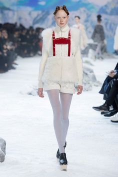 #PFW Moncler Gamme Rouge Fall Winter 2016/17 Collection