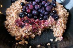 Steel cut oats with honey, cinnamon, nutmeg & blueberries