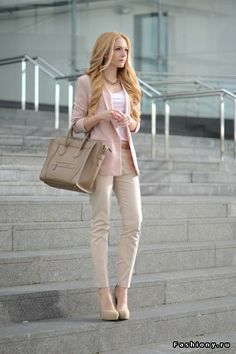 I love pastel looks, always so classic and chick looking!!