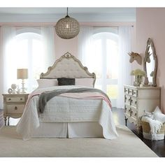 Good Clearance Antique White Traditional 6 Piece Twin Bedroom Set   Giselle