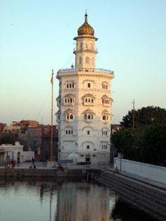 Langar and Pangat | The Sikh World