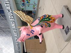 Pig near the School for Creative & Performing Arts.