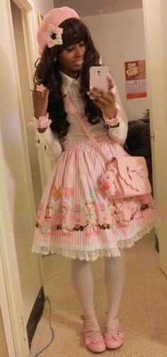 Kawaii in pink! Harajuku Fashion, Kawaii Fashion, Lolita Fashion, Cute Fashion, Fashion Beauty, Sweet Fashion, Harajuku Girls, Pastel Fashion, Fashion Ideas