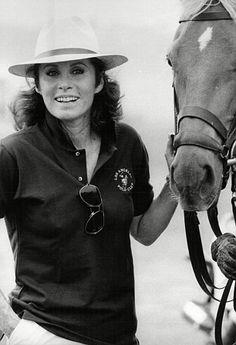 Stefanie Powers Hart Images, Hart Pictures, Epic Pictures, Stephanie Powers, Polo Club, Celebs, Celebrities, Most Beautiful Women, Riding Helmets