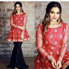 Pakistani Wedding Outfits, Pakistani Dresses, Indian Dresses, Simple Dresses, Beautiful Dresses, Casual Dresses, Fashion Dresses, Casual Wear, Beautiful Women
