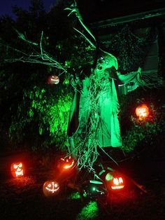 It's that time of year again for ghoulish good times and haunted Halloween happenings! Halloween is by far my all time favorite holiday. So in the spirit of thisancientand AWESOME day here are some amazing Halloween Lighting inspiration that I can not wait for people to ask usto do for there next Halloween Event!Next year's…