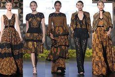 Batik in modern style Batik Fashion, Ethnic Fashion, African Fashion, Boho Fashion, Fashion Outfits, Batik Kebaya, Kebaya Dress, Dress Pesta, Blouse Batik
