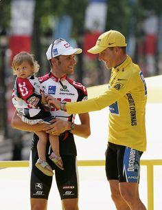 Ivan Basso Photos: 2005 Tour de France - Stage Twenty One