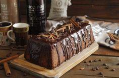 Aprende a preparar pastel de chocolate húmedo y esponjoso con esta rica y fácil receta. Todos los amantes al chocolate están de acuerdo en que es un una auténtica...