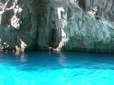 #capri senza filtri!! Acque azzurrissime #estate2014 #natura #mare #sole follow me www.primadonnastyle.net ♥