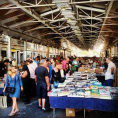 Mercat de Llibres Vells de Sant Antoni -  Sunday market. Books, postcards, magazines... - Comte d'Urgell, 1, 08011 Barcelona