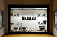One of the best cabinet in the museum of Ancona: golden crowns and torques, cauldrons and elements of the banquet service