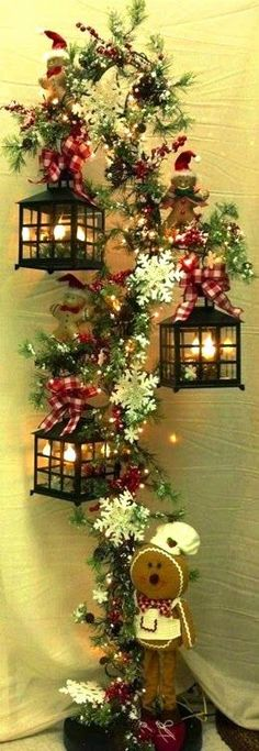 Get inspired by these Christmas decorating ideas to transform your home into a holiday haven. Classy Christmas Decorations Ideas Please enable JavaScript to vie Classy Christmas, Noel Christmas, Country Christmas, Christmas Projects, All Things Christmas, Christmas Wreaths, Vintage Christmas, Outdoor Christmas, Christmas Lantern Diy