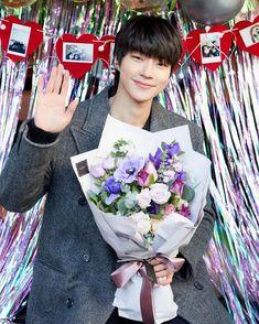 Dramas, Drama Tv Series, Handsome Korean Actors, Kdrama Actors, Cute Actors, Cute Friends, My Crush, Korean Beauty, Beauty