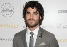 """The show must go on … no matter how difficult the circumstances. Darren Criss, who plays the character of Blaine Anderson on the Fox hit series """"Glee,"""" proved just that Monday."""