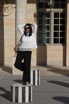 a9d261df67a1e5 Blog mode melolimparfaite blouse blanche lola jones pantalon noir zara  palais royal en pied lunettes dg