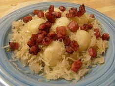 Indulging Life: POTATOES with SAUERKRAUT and CRUNCHED SMOKED TURKEY HAM