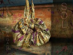 Sol  Bourse de soirée  soie dorée Vintage  Furoshiki par PureTado
