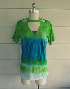 iLoveToCreate Blog: Tie Dye Cut-out T-shirt DIY by Wobisobi