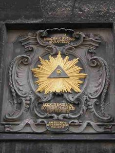 """s """"La pirámide y el ojo"""""""