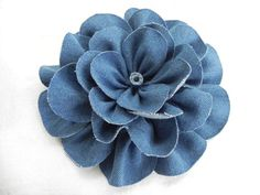 tutorial on how to make these denim flowers-- could use any thick fabric to do this!