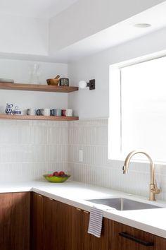 veneer designs, vertical tile + shelves + flat wood cabs + black - Ikea DIY - The best IKEA hacks all in one place Home Design, Interior Design Studio, Küchen Design, Kitchen Ikea, Kitchen Decor, Interior Exterior, Kitchen Interior, Mid Century Modern Kitchen, Cuisines Design