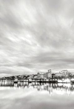 Downtown Portland Oregon Willamette River Waterfront