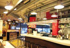 Un original espacio que reune bar, vermutería, restaurante y un bistró en el que el cliente tapea la mejor cocina creativa