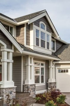 Exterior Appeal and Evolution of Residential Siding House, Residential Siding, House Exterior, House Painting, Siding Options, House Paint Exterior, Craftsman House, House Paint Color Combination, Craftsman Exterior