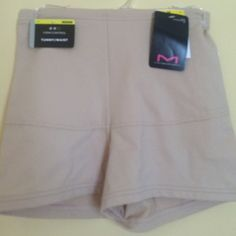 New Maidenform Firm Control Shapewear Brief Medium New with tags, Maidenform firm control Shapewear briefs. Inner mesh lining really holds in tummy. Excellent quality. 3 available Maidenform Intimates & Sleepwear Shapewear