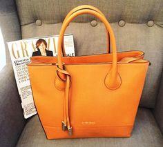 df2b4944990 82 nejlepších obrázků z nástěnky Coccinelle bag   Bags, Wallet a ...