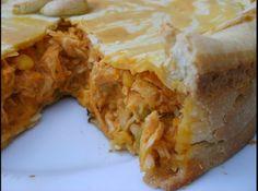 Torta de Frango com Palmito - Veja mais em: http://www.cybercook.com.br/receita-de-torta-de-frango-com-palmito.html?codigo=101197