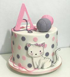 Colorful birthday cake for young and oldColorful cake. The hit on every birthday. Colorful birthday cake for young and old. recipes cake cake children birthstBello pastel redondo alto decorado en blanco con colores pastel y Fancy Cakes, Cute Cakes, Pretty Cakes, Kitten Cake, Kitten Party, Colorful Birthday Cake, Birthday Cake For Cat, Fondant Cakes, Cupcake Cakes