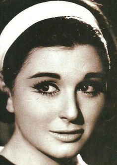 Egyptian actress Soaad  Hosney