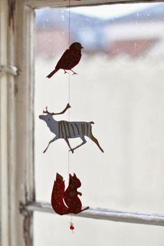 Papeis e tecidos atualizam o look do Natal