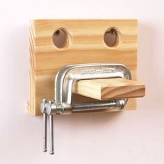 C-clamp storage.