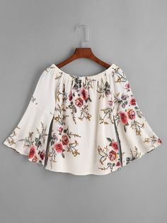 To find out about the Florals Boat Neckline Bell Sleeve Top at SHEIN, part of our latest Blouses ready to shop online today! Summer Outfits, Casual Outfits, Fashion Outfits, Top Chic, Pretty Outfits, Cute Outfits, Bell Sleeves, Bell Sleeve Top, Fashion Corner