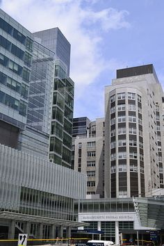 Massachusetts General Hospital - Wikipedia, the free encyclopedia. Massachusetts General Hospital, Boston Massachusetts, Top Hospitals, Trauma Center, Harvard Medical School, Health Care Reform, Medical History, Primary Care, Best Cities