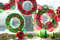 Christmas Paper Wreaths