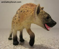 Hyena (Safari Ltd - Wild Safari Wildlife) - Animal Toy Forum