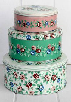 Vintage Flower Set Of Three Cake Tins